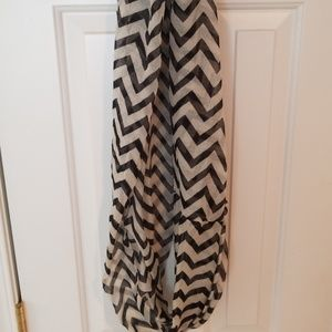 Accessories - Chevron Infinity Scarf